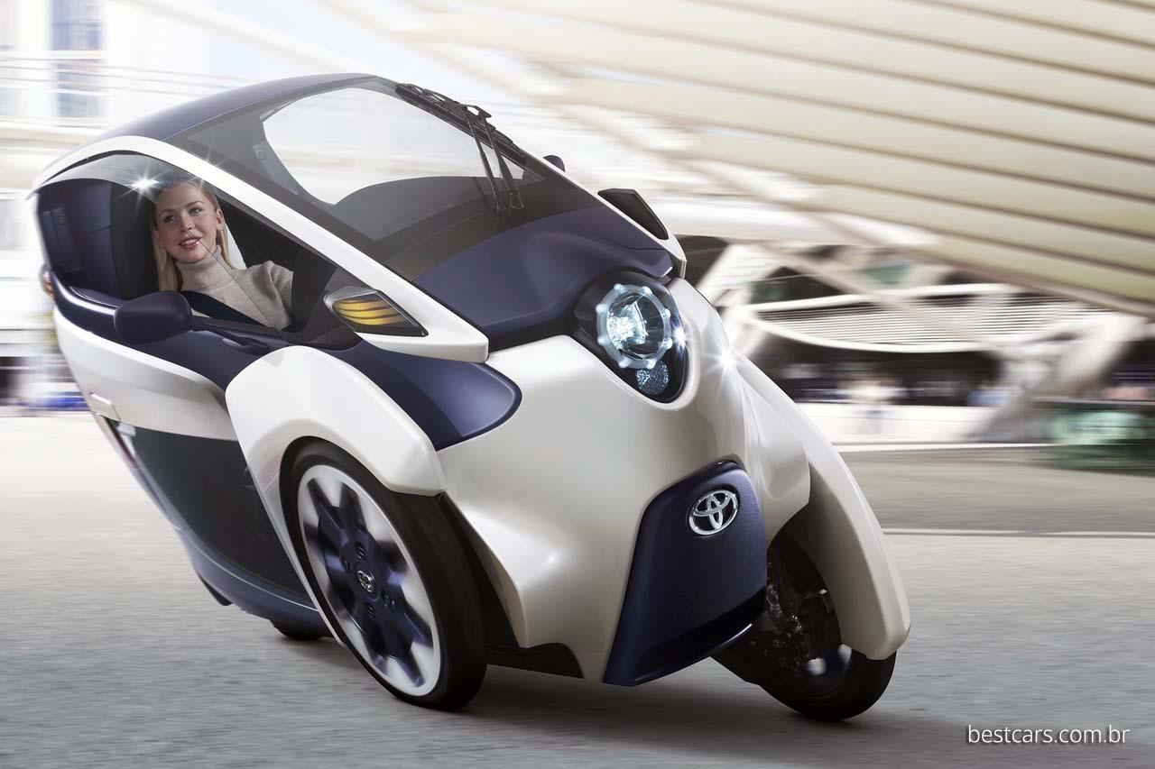 Toyota i-Road é o novo carro de três rodas.