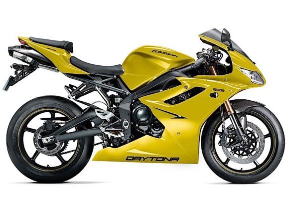 A família de motos da Triumph em 2013 será vendida em novas opções de cores
