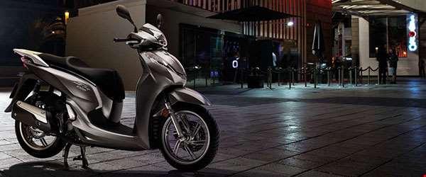 Lançamento: Honda SH 300i chega mais barata à linha 2017