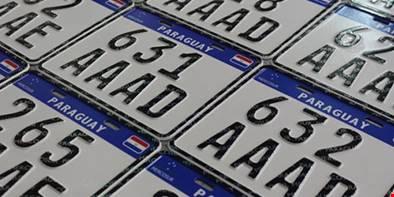 Novas placas do Mercosul já são exigidas no Brasil